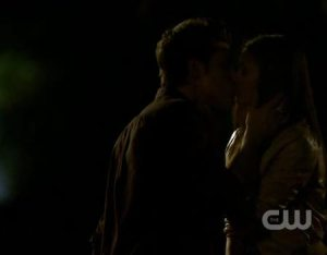Stefan Elena first kiss